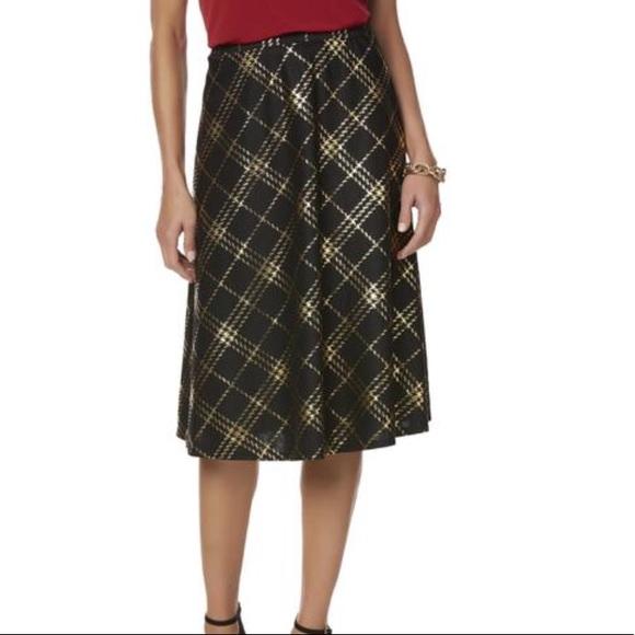 8807d5e6f84 NWT Laura Scott Size XL Black   Gold Skirt